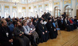 В Петербурге открылась VIII Межрегиональная конференция по церковному социальному служению