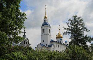 Иоанно-Богословский Череменецкий мужской монастырь на пути восстановления